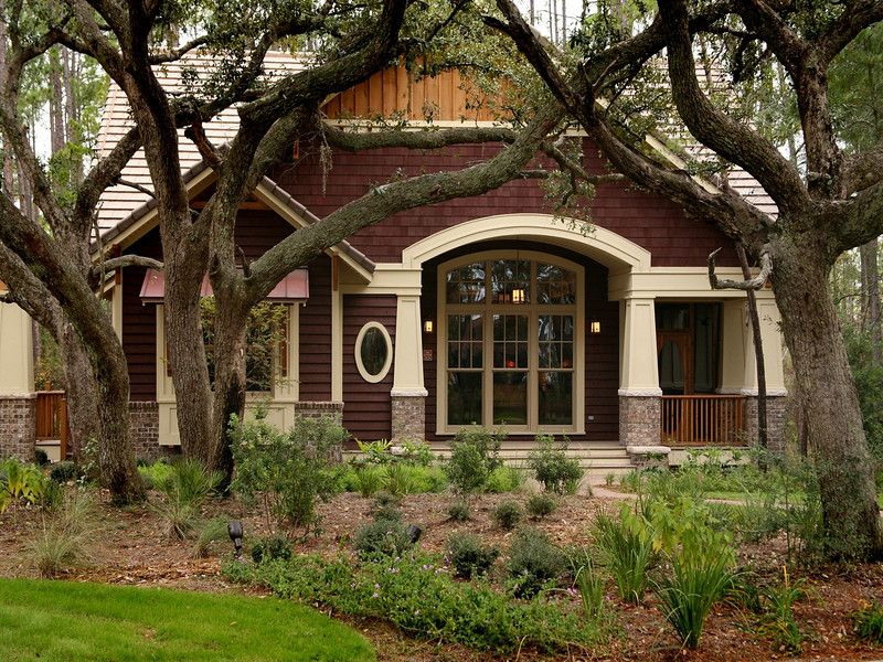 Craftsman style home with extra character... #craftsmanstylehomes
