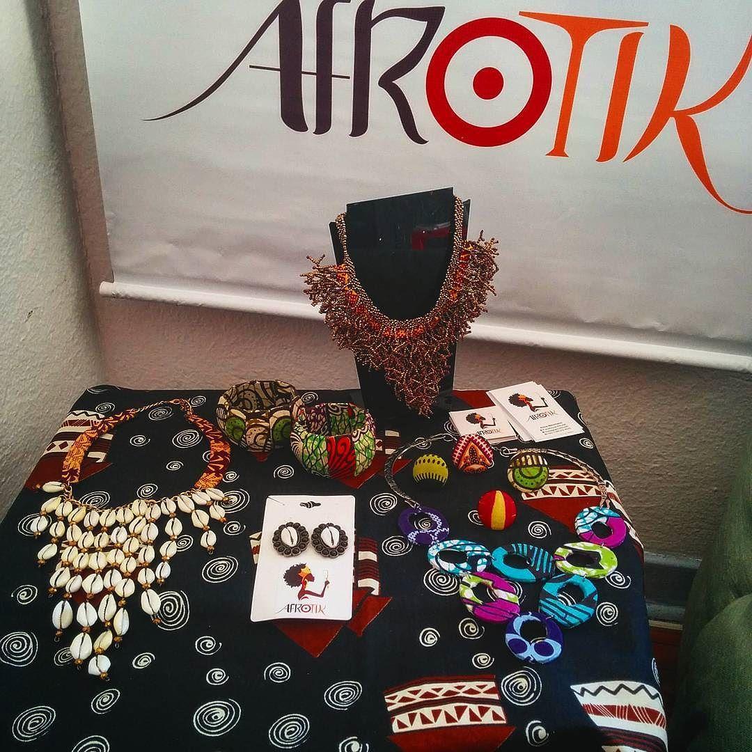 Hj esta rolando o bazar Afrotik aqui em casa  galera quem quiser é só chegar. Estamos com peças Bafhonicas by afrotik