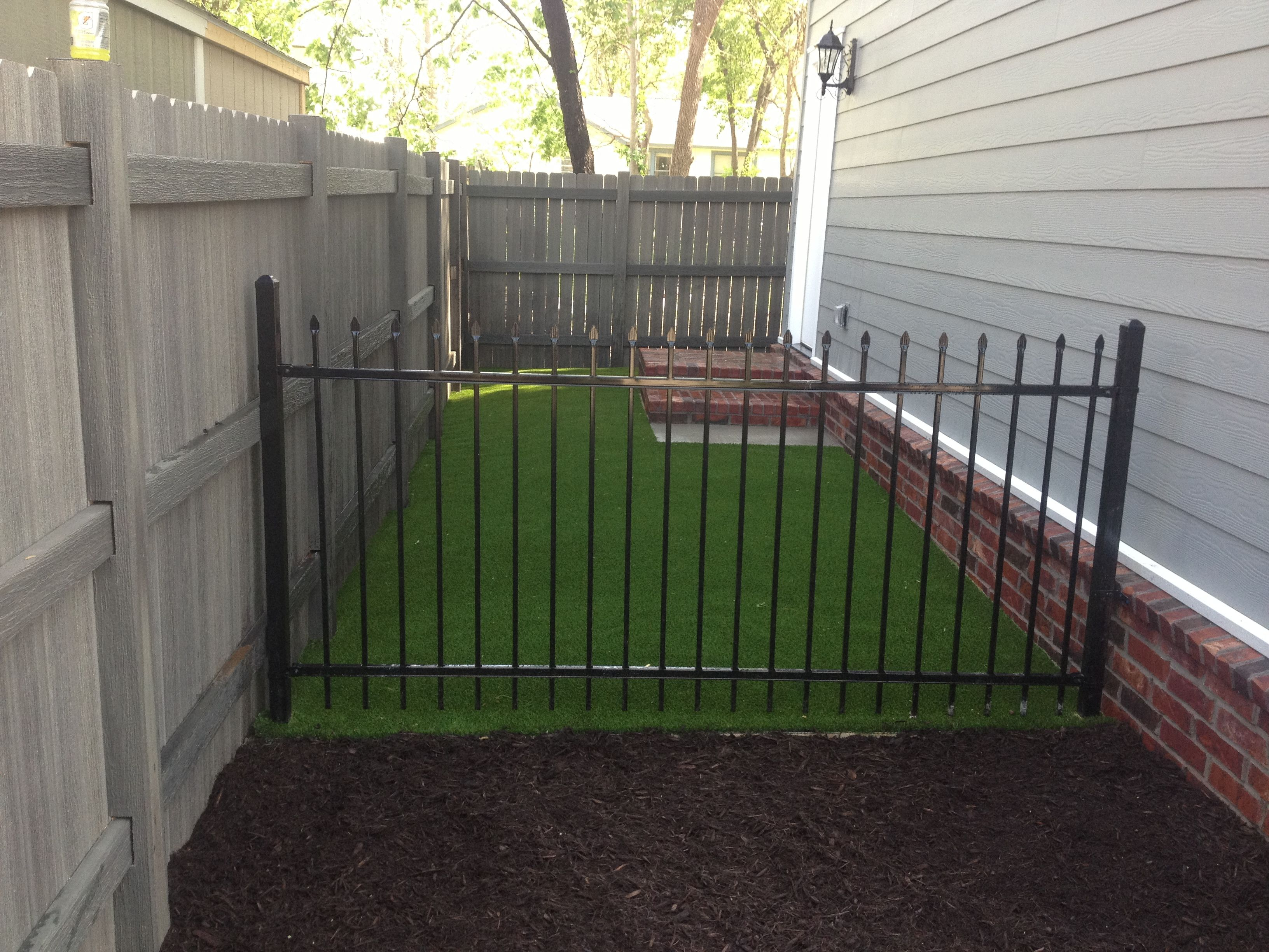 Side yard solution! Pet friendly XGrass artificial turf
