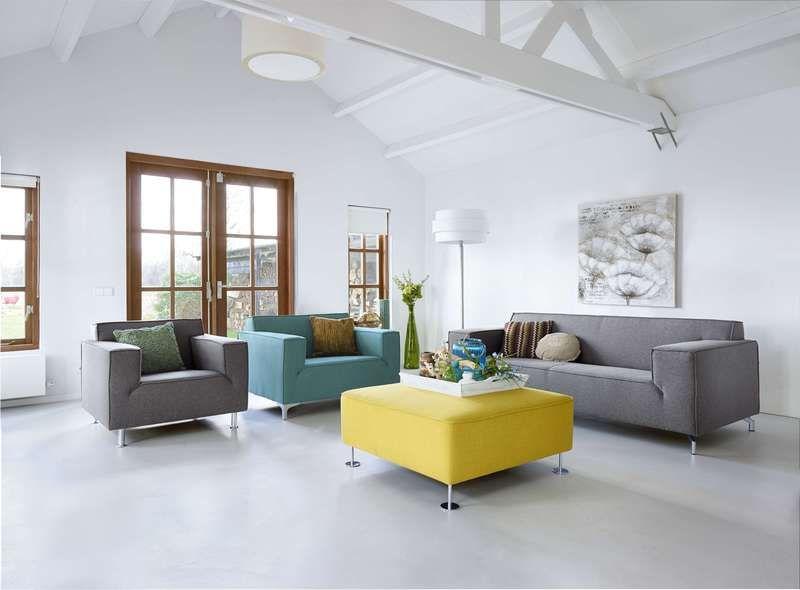 Bank kadish moderne zitbank met een mooie hoogwaardige afwerking en een comfortabele zit de - Eigentijdse bank ...