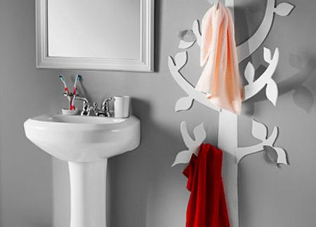 If You Need Extra Storage In A Small Bathroom This Towel Tree Is - Where to hang towels in a small bathroom for small bathroom ideas