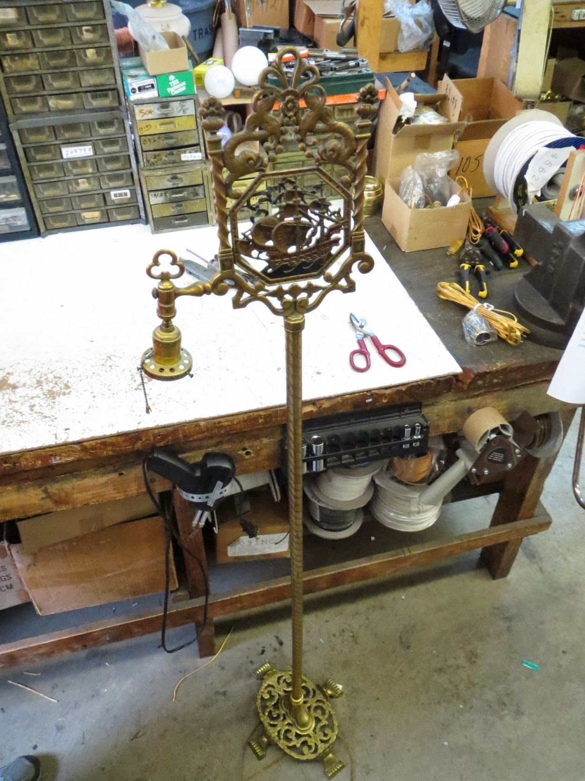 Antique floor lamp with table - How To Rewire A Bridge Arm Lamp Lamp Doctor Brass Floor Lamp With Ship
