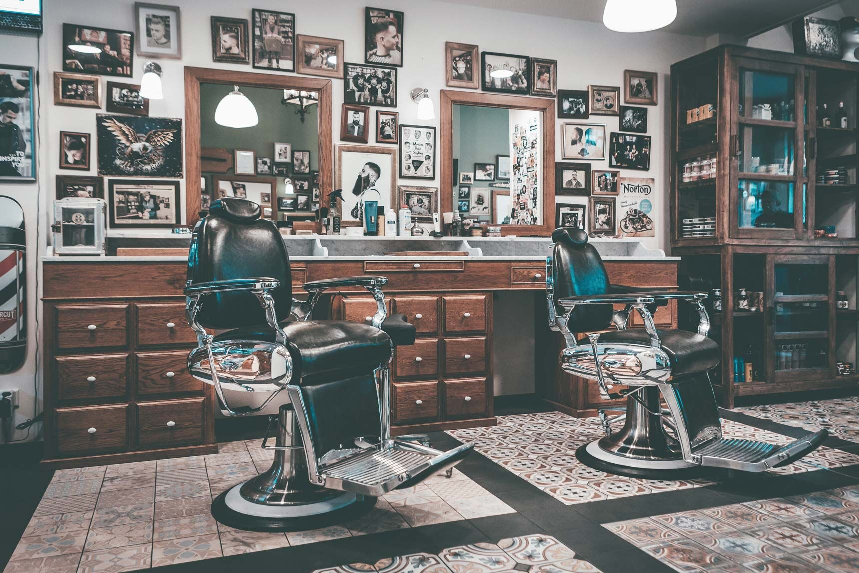 The 9 Best Short Hairstyles for Men   Improb   Barber shop decor ...