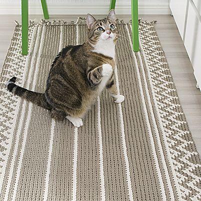 OHJE: Kirjovirkattu matto. Crochet mat by Päivi Heiman-Harju / Taitokeskus Velma for Lankava Oy.