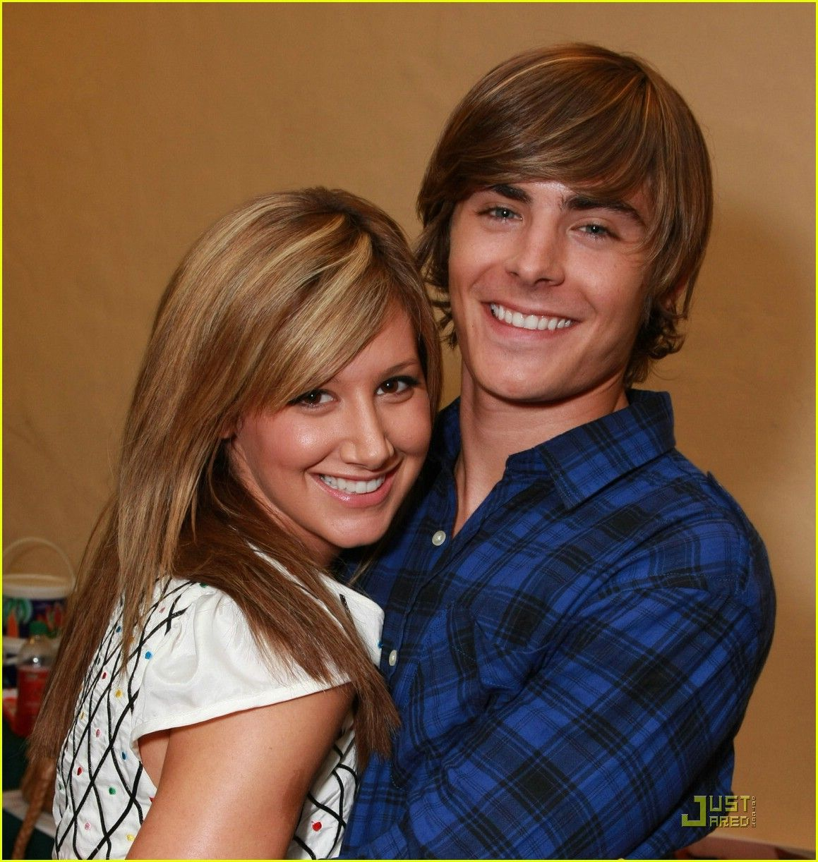 ashley tisdale and zac efron dating Watch music videos by ashley tisdale & zac efron and view related artists to ashley tisdale & zac efron.