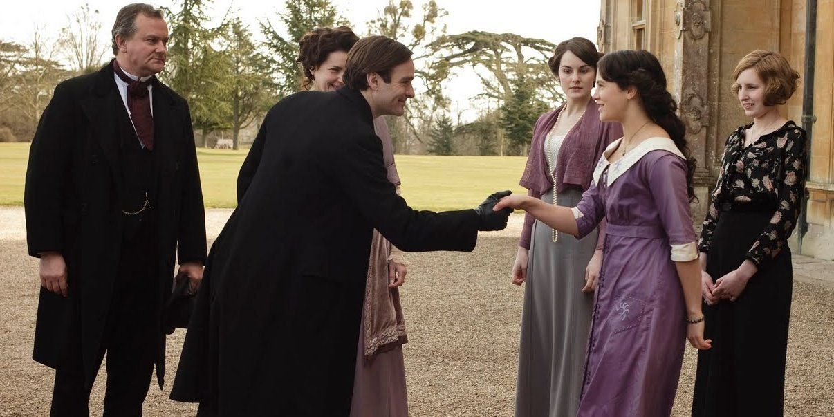 Downton Abbey 10 Details About Sybil Crawley S Costume You Didn T