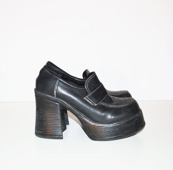 Vintage 90s Chunky Heel Shoes Black
