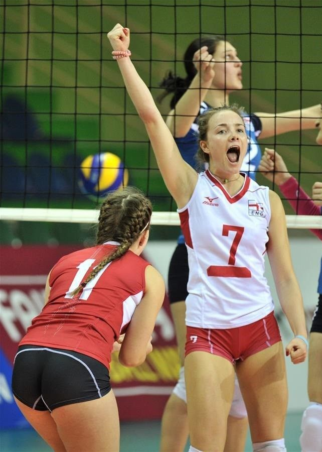 Female Volleyball Players By Yurij Anferov On Volleyball Female Athletes Women Volleyball