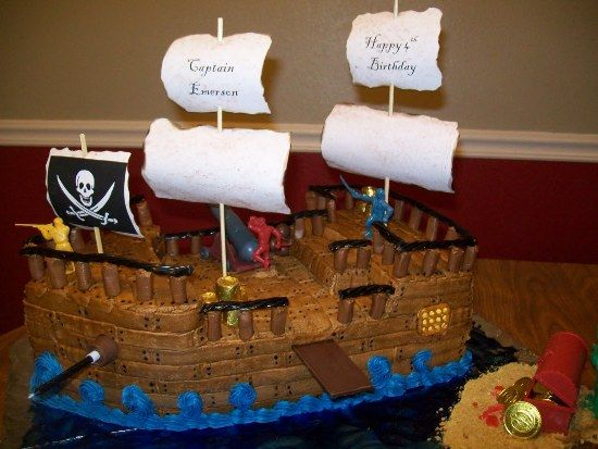 Pirate Ship Cake Design Pirate Ship Birthday Cake Pinterest