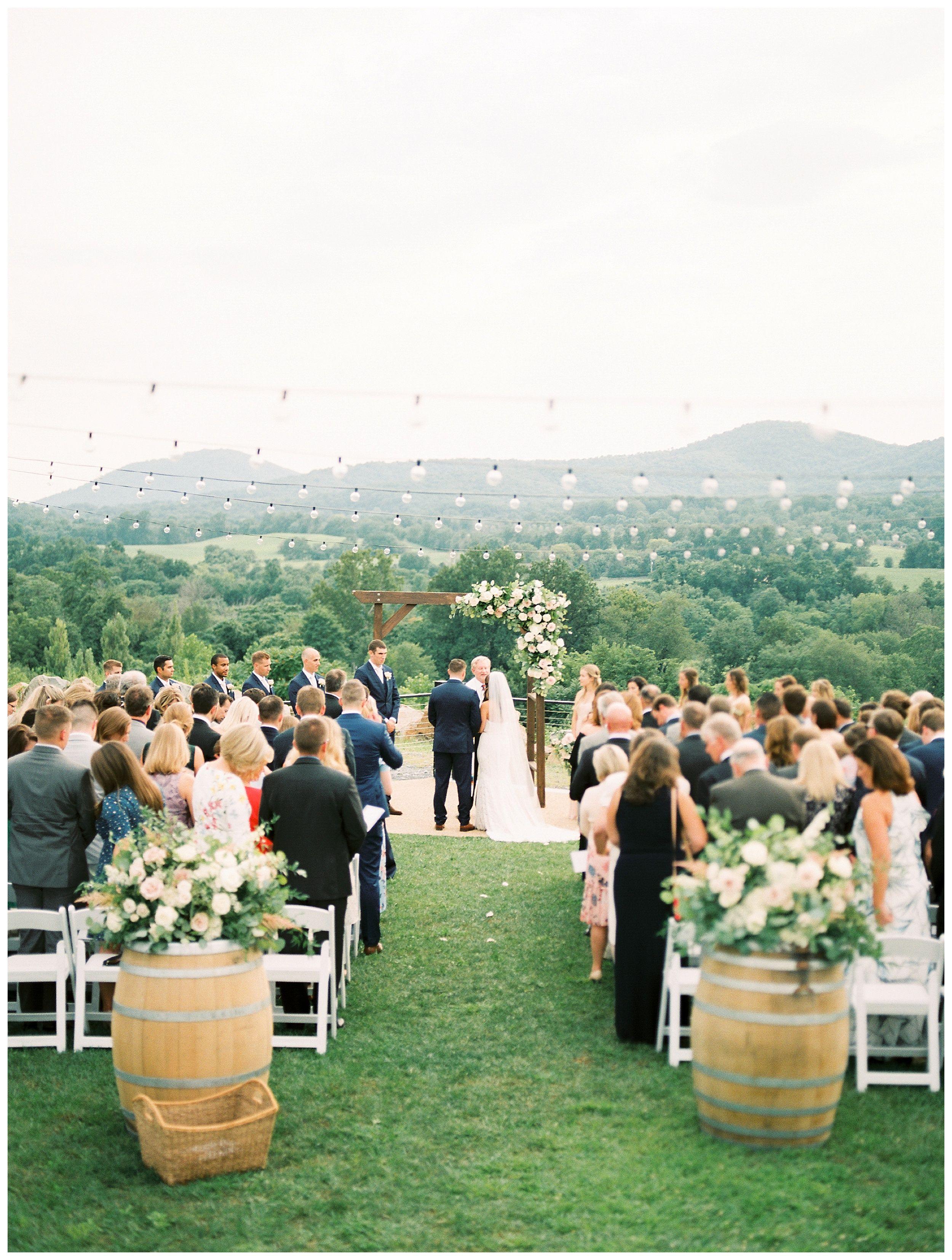 Blue Valley Vineyard Wedding Virginia Wedding Photographer Victoria And Andrew Kir2ben Com Virginia Winery Wedding Vineyard Wedding Venue Virginia Wedding Venues