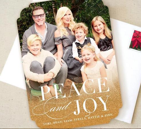Tori spelling shares her family christmas card november 23 2015