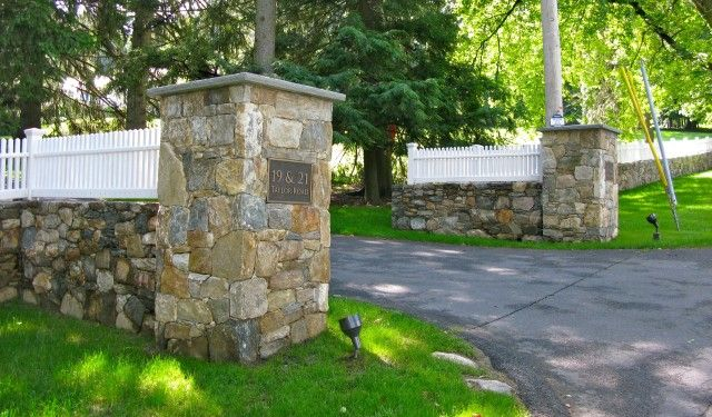 Stone Driveway Entrance Pillars : Pictures of driveway entrances landscaping stone columns