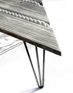 mooie manier van touw verwerken in meubel, touw door laten lopen in hanger aan plafond bijvoorbeeld