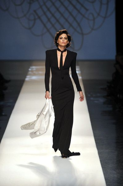 Jean Paul Gaultier at Couture Spring 2009 - Runway Photos