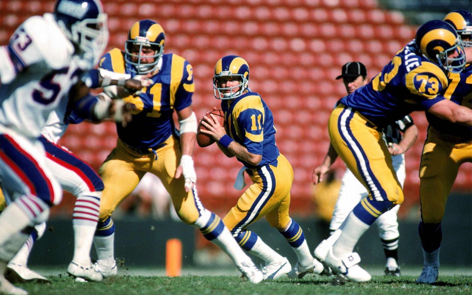 Short Quarterbacks Rams Football Los Angeles Rams Nfl Players