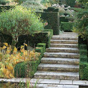 Escaleras en el jard n esmeralda pinterest for Escalera de bloque de jardin