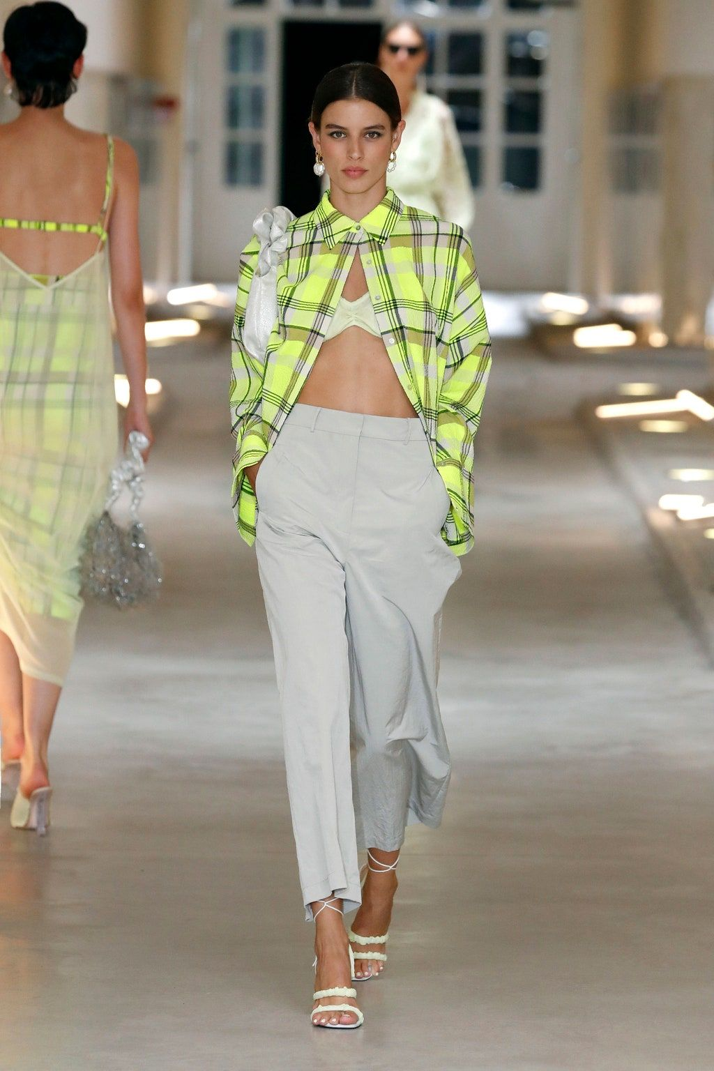 Pin On Fashion Trend 2021 3