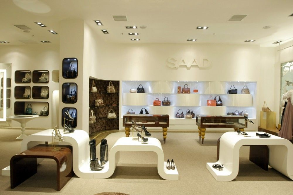 Cloth shop interior design best interior decorating for Retail store interior design