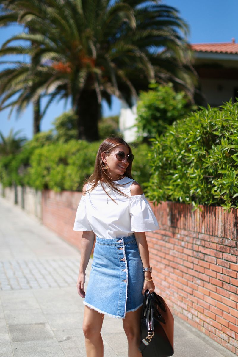 Cut Out http://stylelovely.com/bartabacmode/2016/06/cut-out