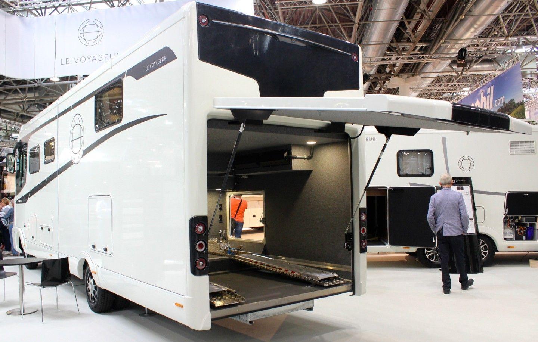 Gallery Million Dollar Motorhomes And Classy Caravans Of The 2018 Caravan Salon Luxury Caravans Luxury Campers Motorhome