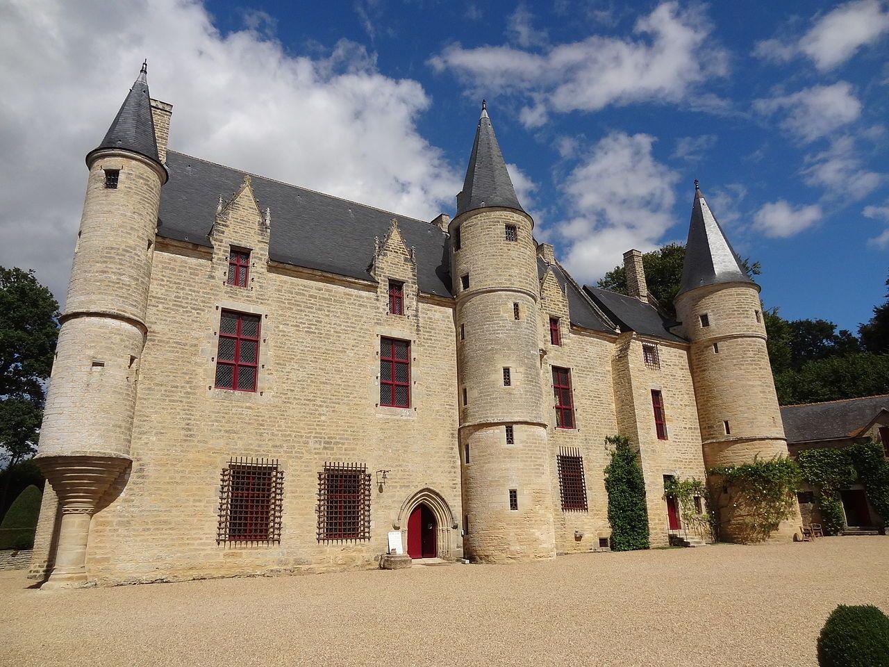 France Cotes D Armor Ploezal Chateau De La Roche Jagu Built In The Chateau France Castle
