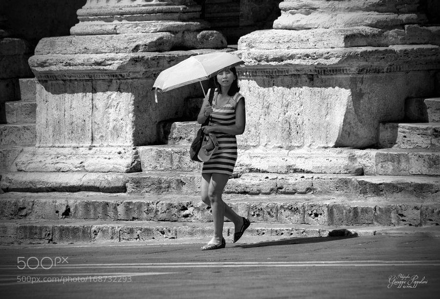 Turista by giuseppepeppoloni