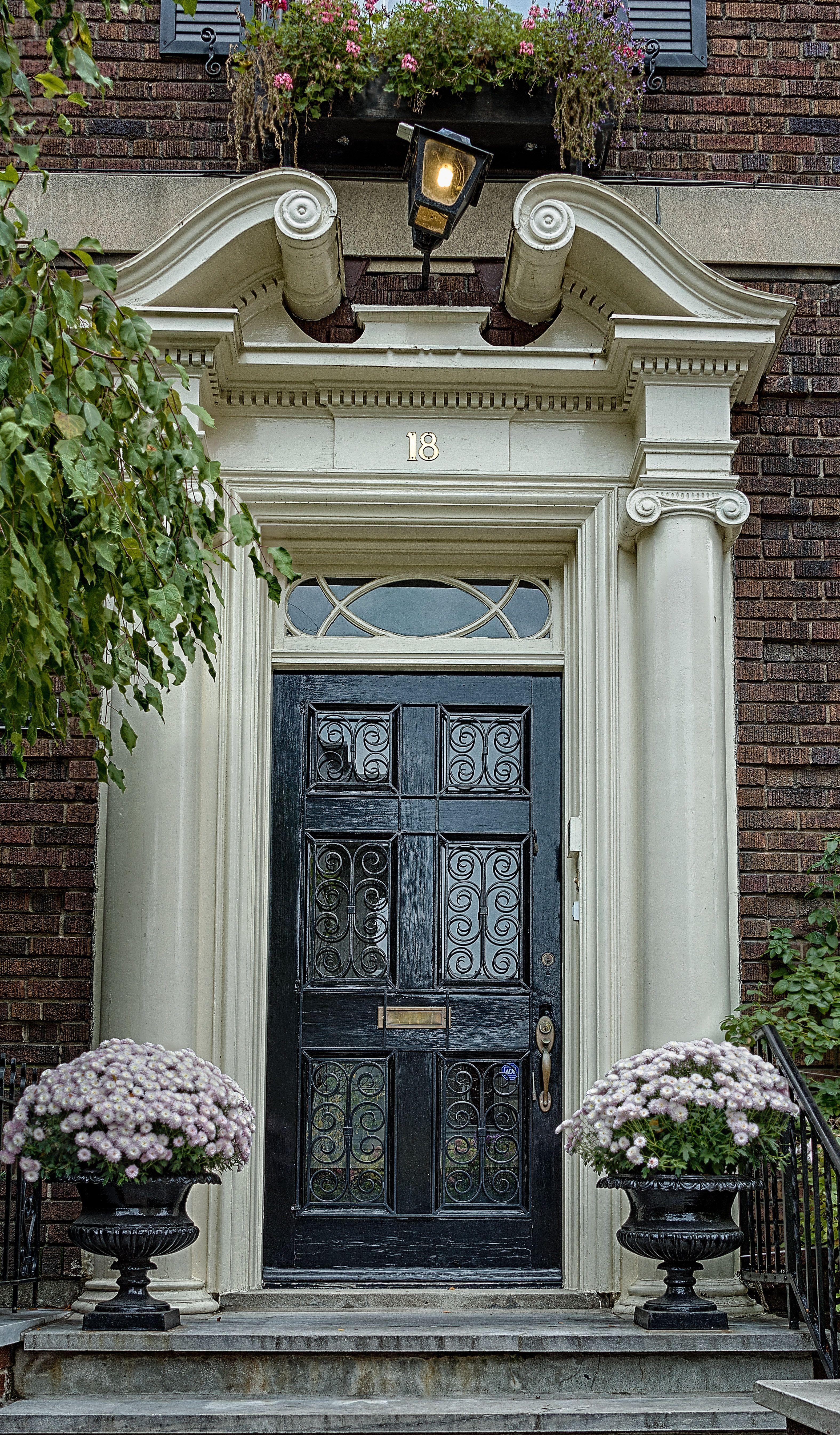 Doors downtown Montreal & Doors downtown Montreal | Doors and windows | Pinterest