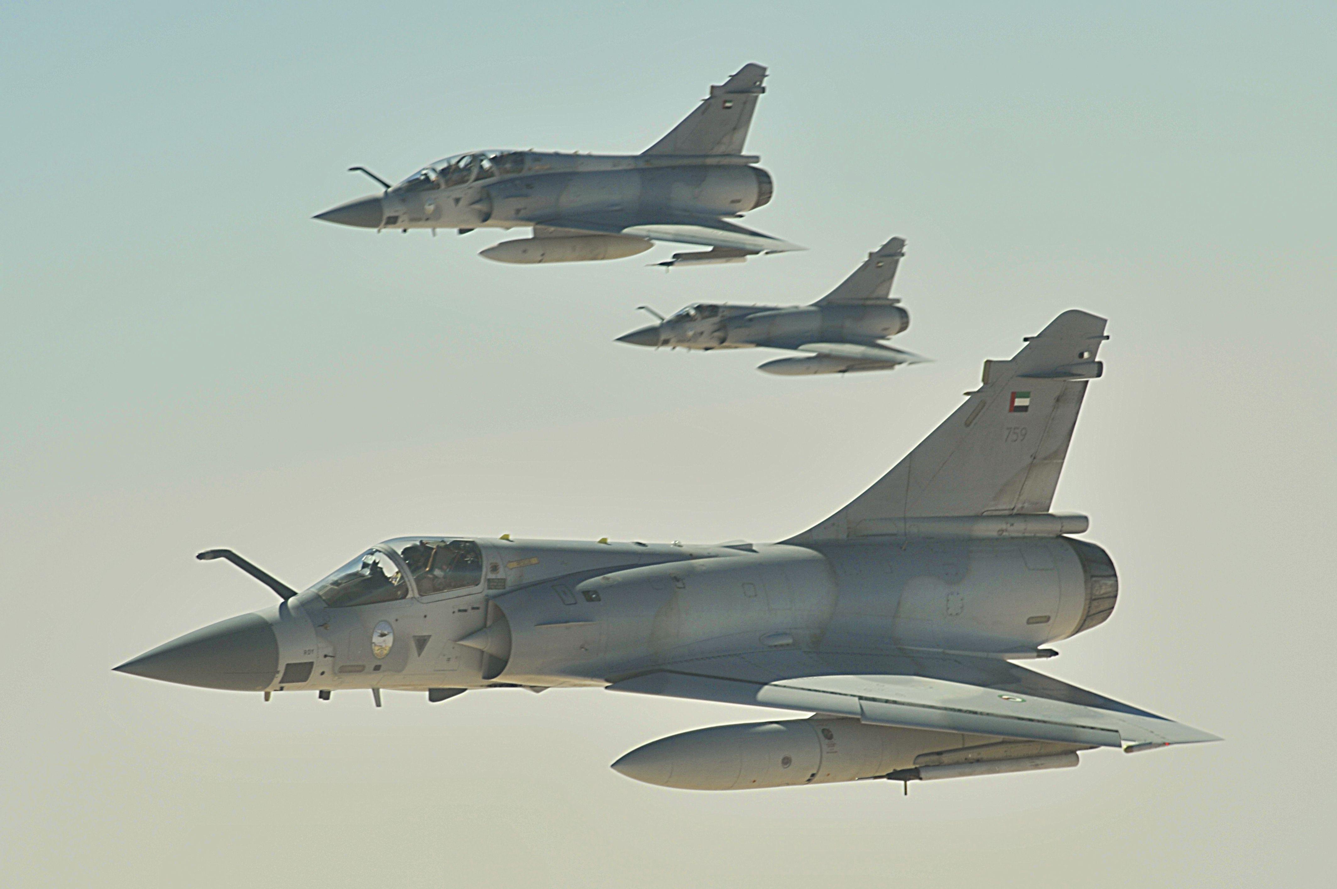 Emirate_Mirage_2000_jets.JPG (4256×2832)