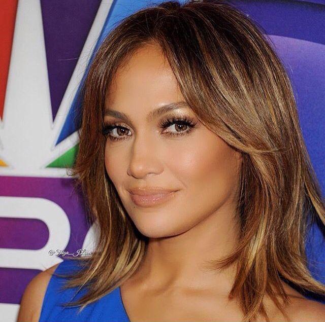 J Lo Short Hair Brownish Golden Highlights Jennifer Lopez Hair Jlo Hair Jennifer Lopez Short Hair