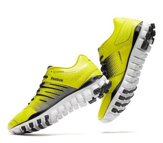 3f868b2cb8b08a Reebok Men s RealFlex Strength TR Shoes