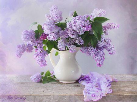 Lilac In Vase Desktop Nexus Wallpapers In 2020 Lilac Flowers Beautiful Flowers Lilac
