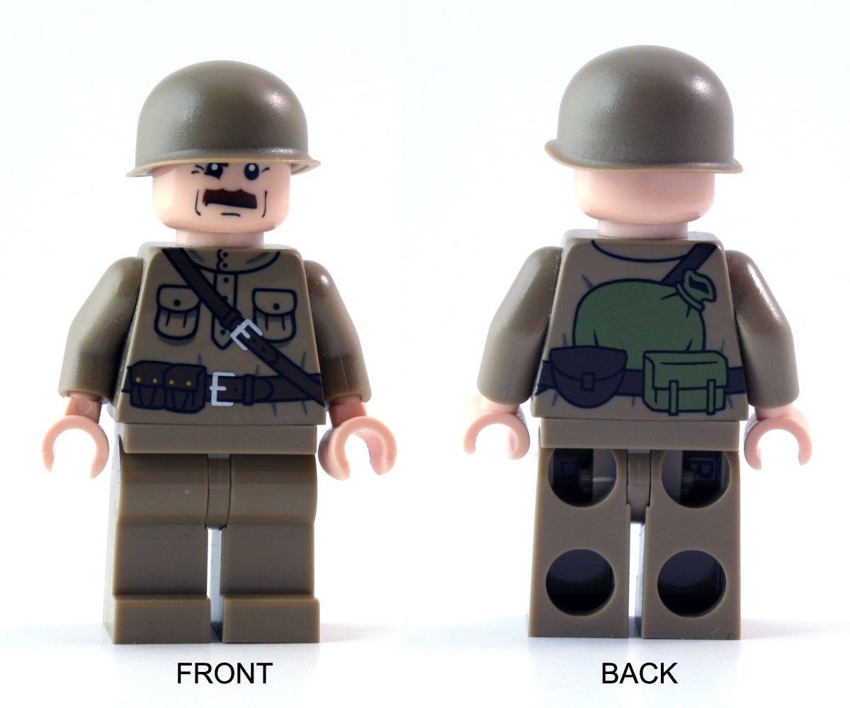 Brickmania - World War II Russian Soldier   LEGO Goodies