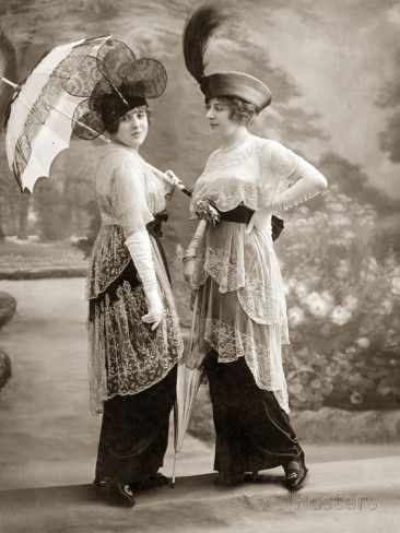 womens fashion in 1913 photographic print by scherl