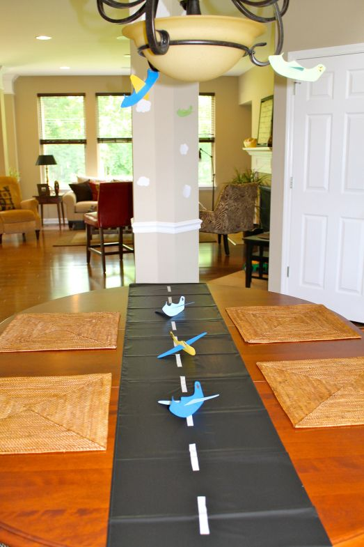 Could do this down the middle of the table and use some of for Airplane party decoration
