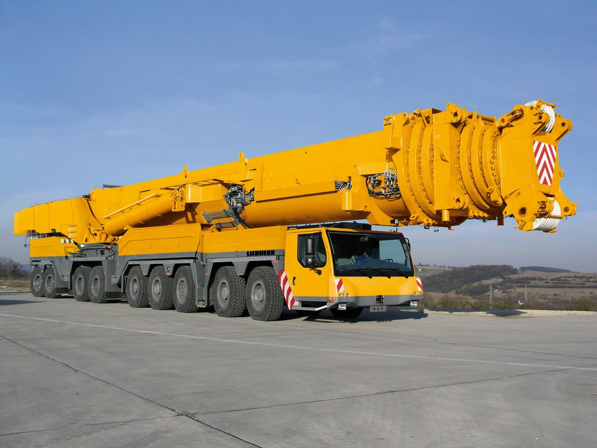 Rigante Telescopic Mobile Cranes : The most powerful mobile crane in world liebherr ltm
