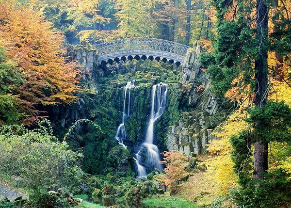 Teufelsbrücke mit Wasserfall; © Stadt Kassel; Foto Elke