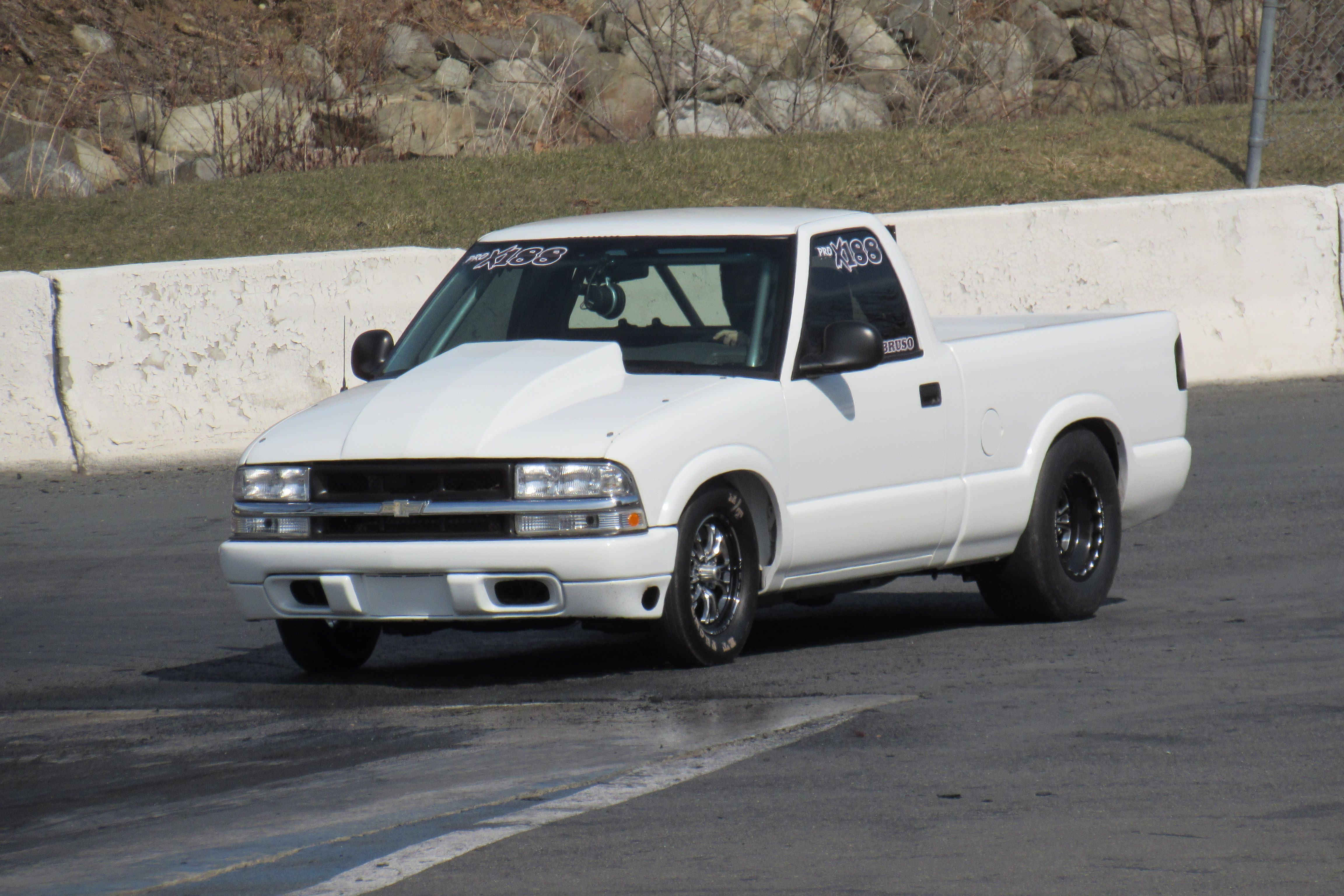 Chevy S10 Pick Up Truck Drag Racing At Lebanon Valley Chevy S10