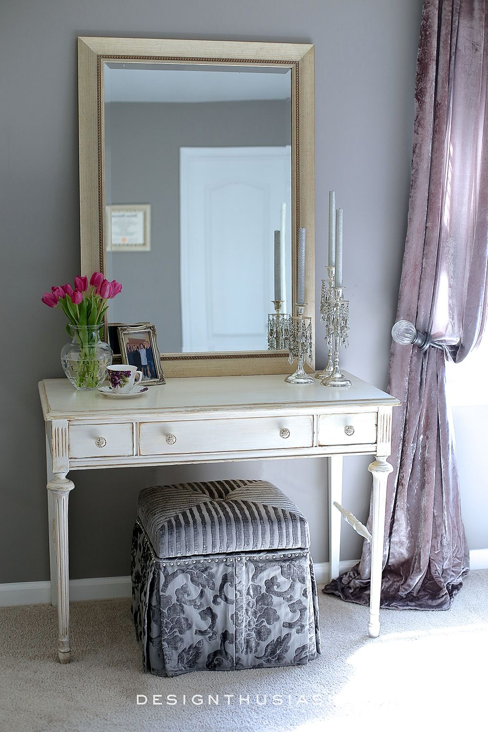 Best Grey Bedroom Ideas Mixing Lilac And Grey In An Updated 400 x 300