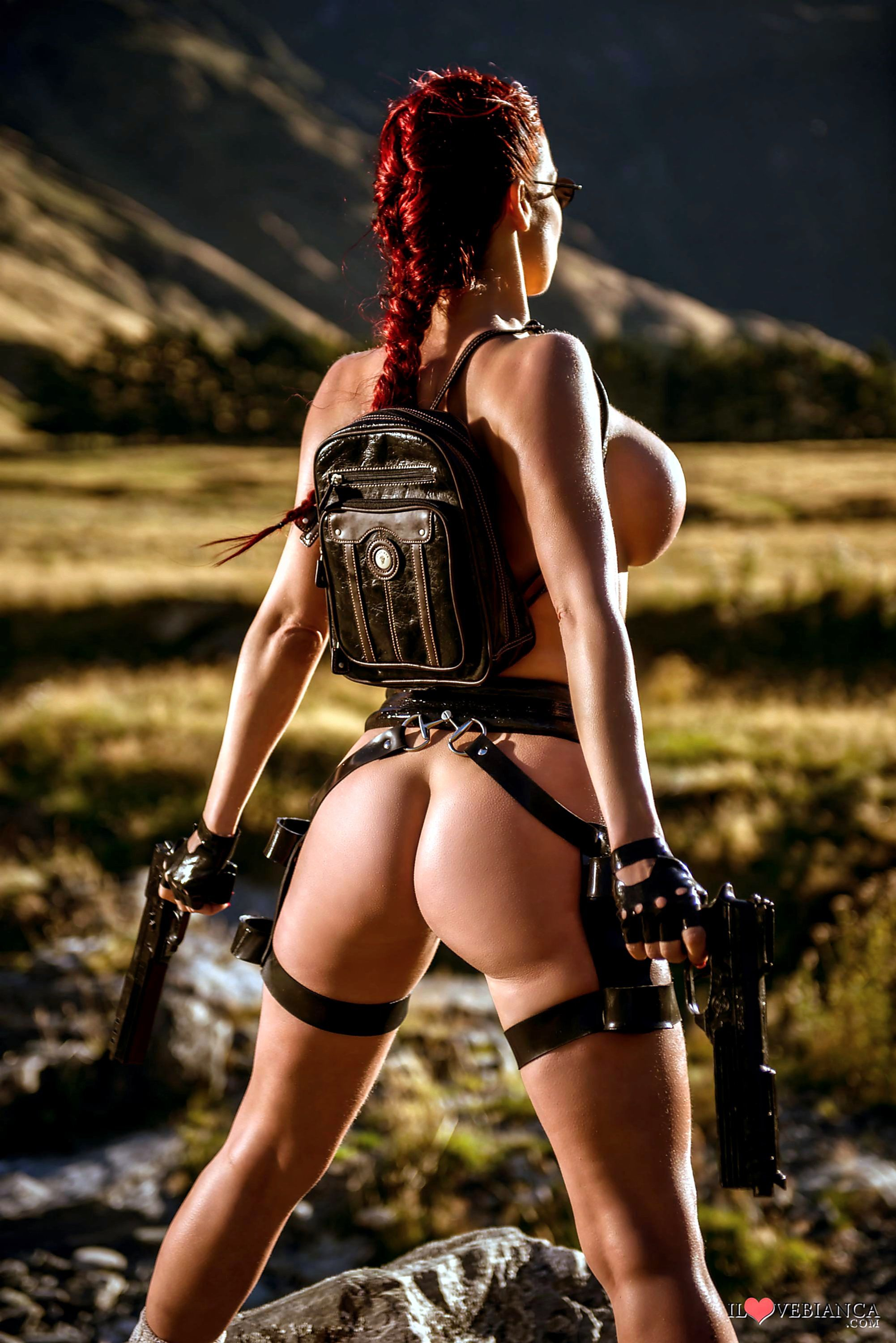 Sexy lara croft costume