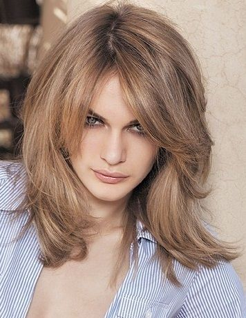 Most Charming Medium Hairstyles for Women | Shoulder length ...