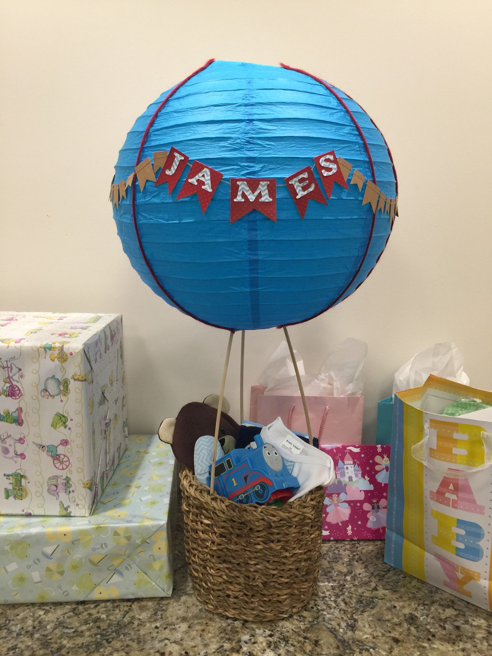 Baby shower hot air balloon gift basket | Crafts - My Creations ...