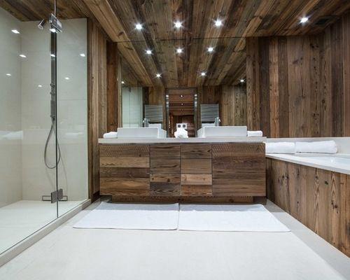 Salle de bain avec une baignoire encastrée  Photos et idées déco de