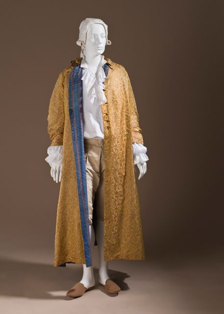 Man's At-home Robe (Banyan), circa 1760 Costume/clothing nightwear/entire body, Silk satin with supplementary weft float patterning; lined with striped plain weave silk.