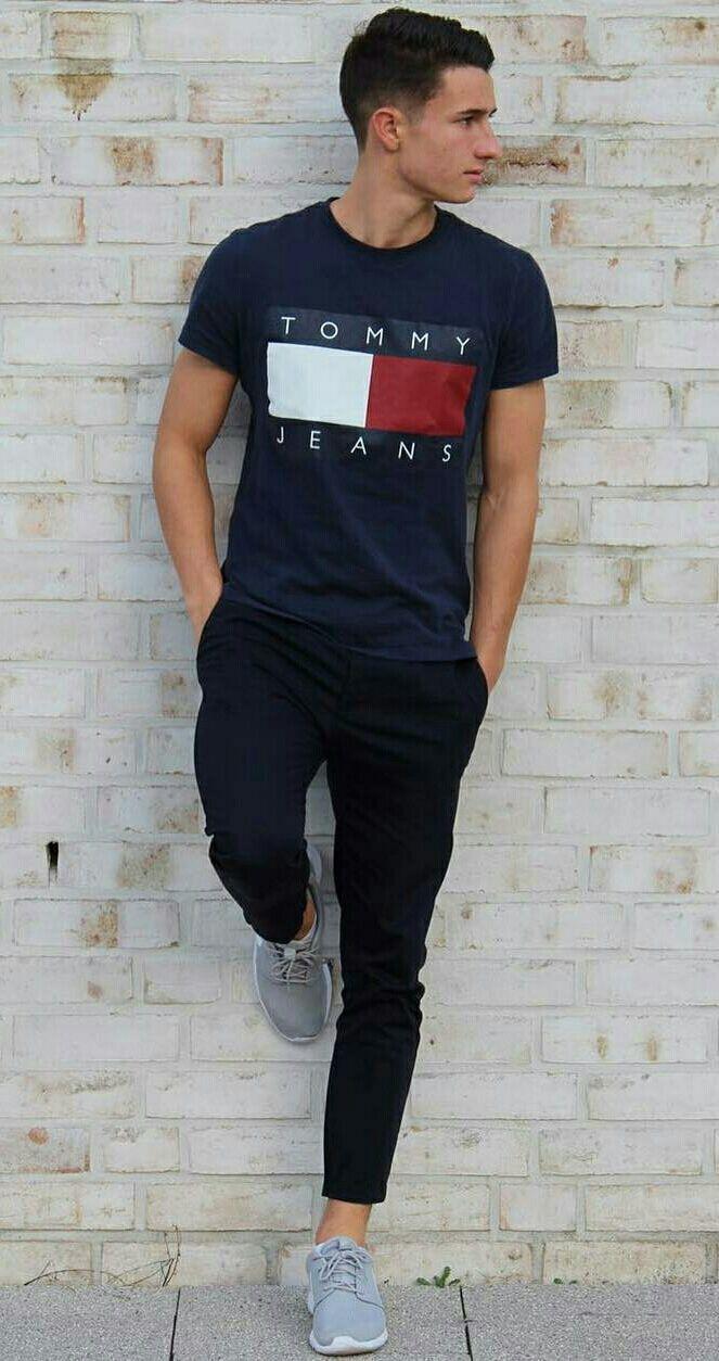 Moda Para Hombre. T-shirt   Jeans outfits for men Virtuosa 837e204624a