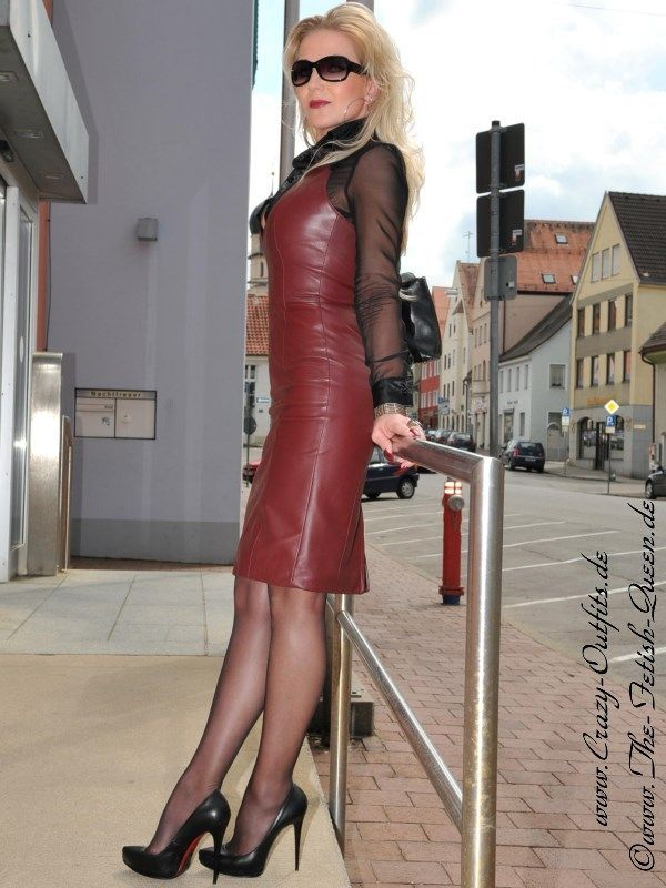 Lederkleid DS-124 : Crazy-Outfits - Webshop für Lederbekleidung, Schuhe & mehr.