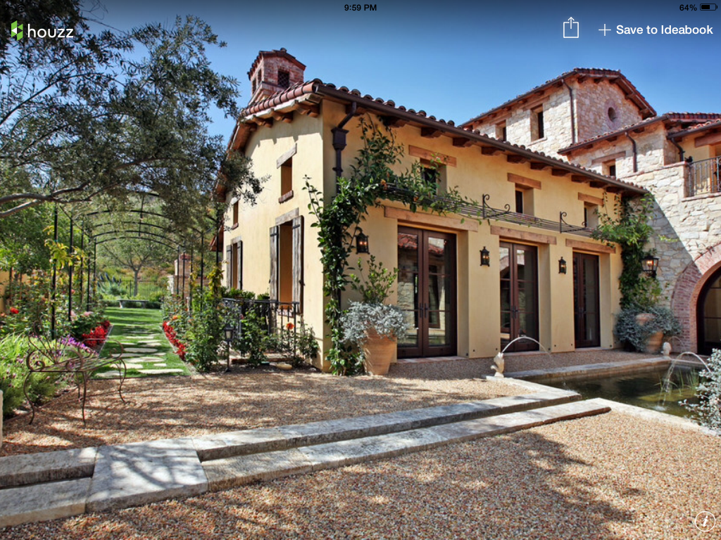 Terraza and tuscan style home