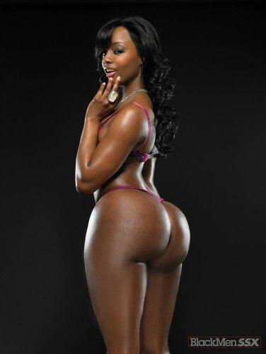 Sexy black vixens