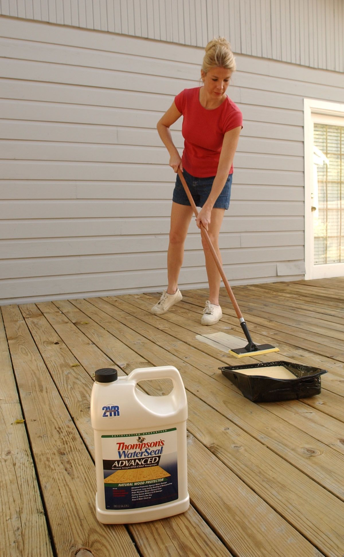 Thompsons water seal advanced wood protector can be applied to thompsons waterseal offers waterproofing products to care for your wood deck and other exterior surfaces baanklon Gallery