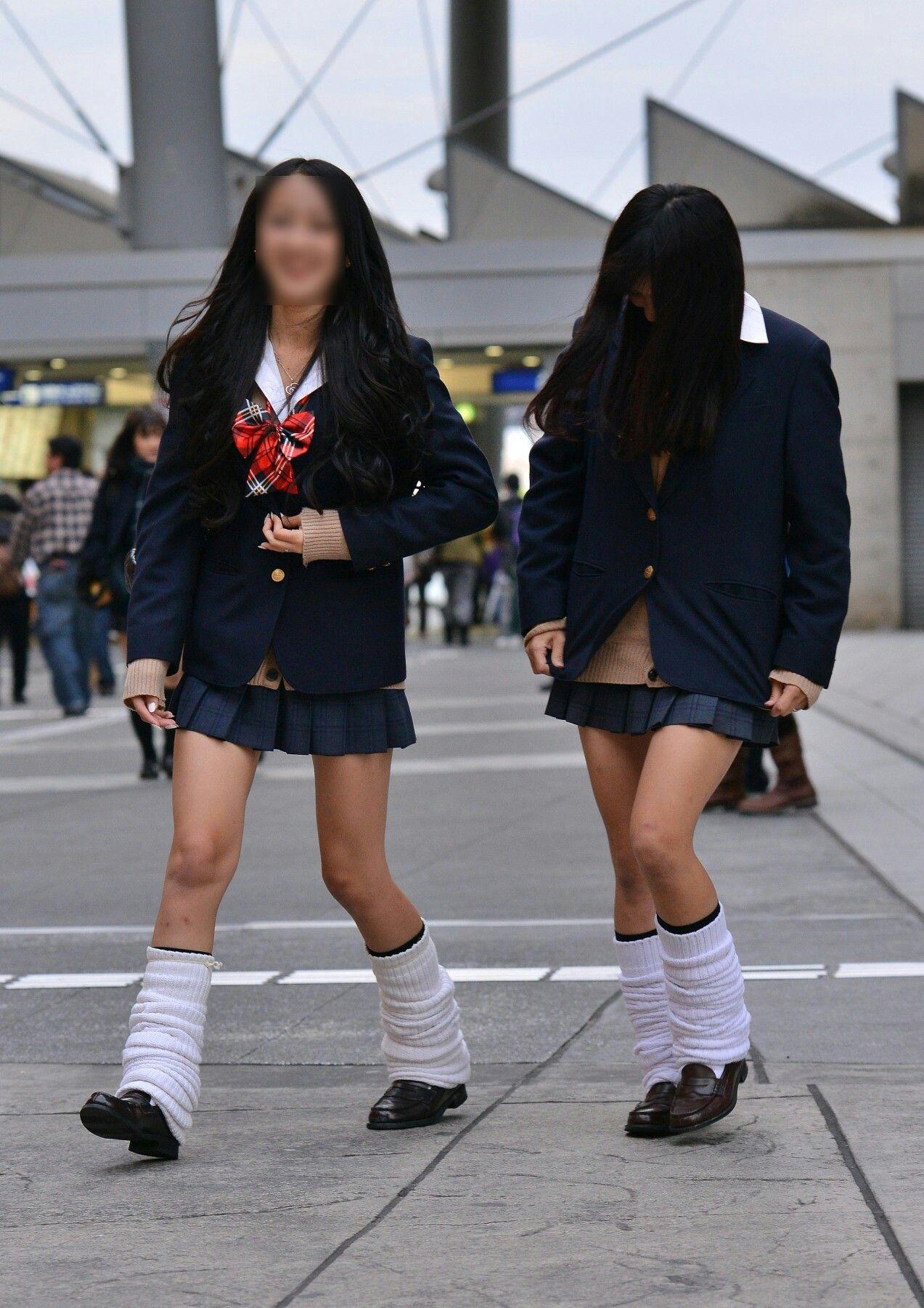 【画像】女子高生てYシャツに直ブラだからほぼ裸みたいなもんよなwww | JKちゃんねる|女子高生画像サイト