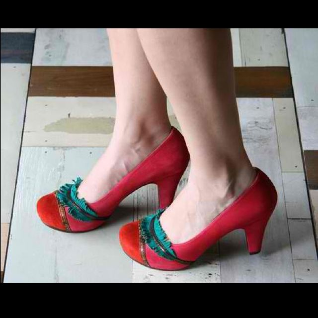 Aaah my favourite pair!  Every gal should have a pair of utterly FABULOUS red shoes. NORIO--Chi Mihara
